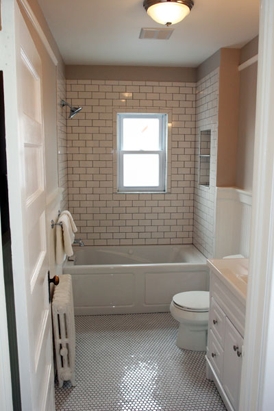 Transitional Bathroom With Subway Tiles And Wainscoting Panels
