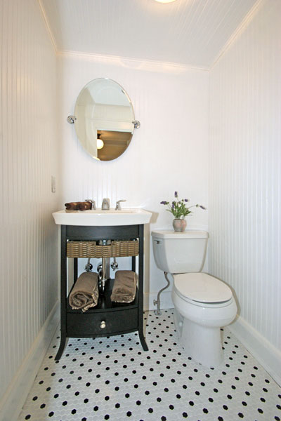 Transitional Bathroom With Subway Tiles And Wainscoting