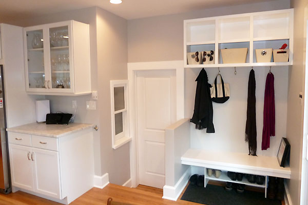 Custom Bench Built In Cubbies And Mud Room Xcelrenovation