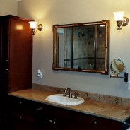 Art & Craft Master Bathroom